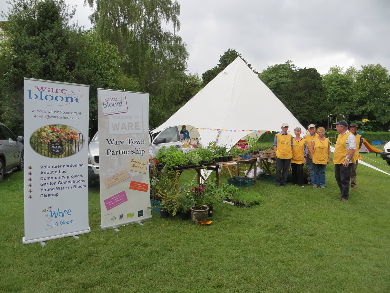 June-2-Rotary-Fair-stall-and-team-2